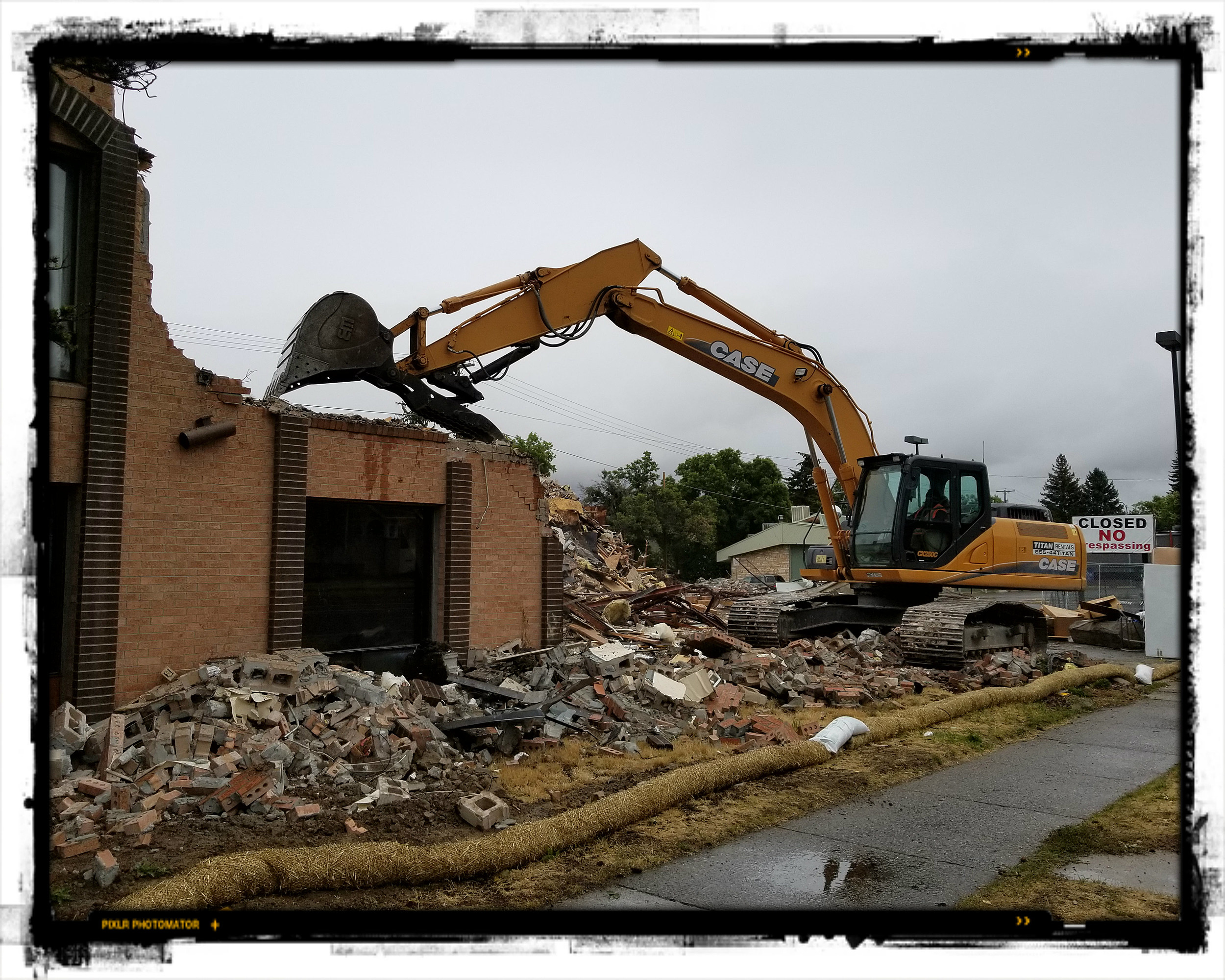 Bozeman's City Center Motor Inn and The Black Angus Come Down. And It's OK.  [VIDEO]