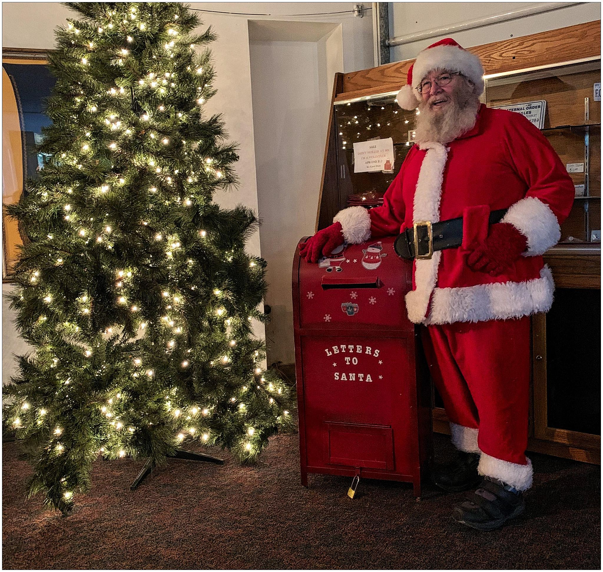 Santa Is Currently Receiving Letters In Yakima Until December 12