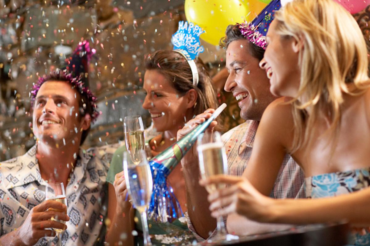корпоратив поздравления к праздникам это такие