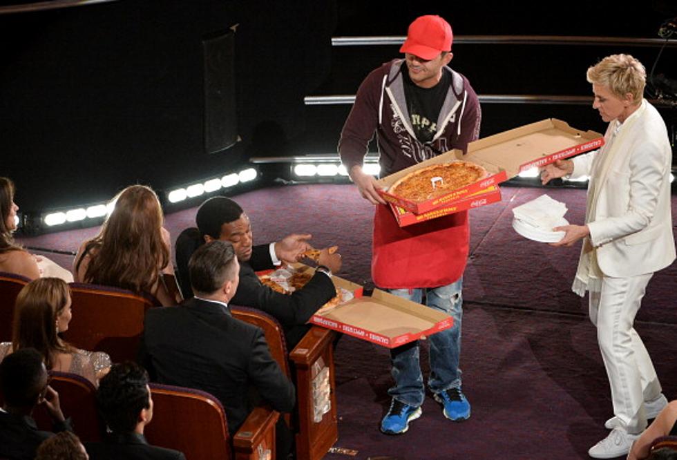 Ellen Tips The Oscar Pizza Delivery Guy
