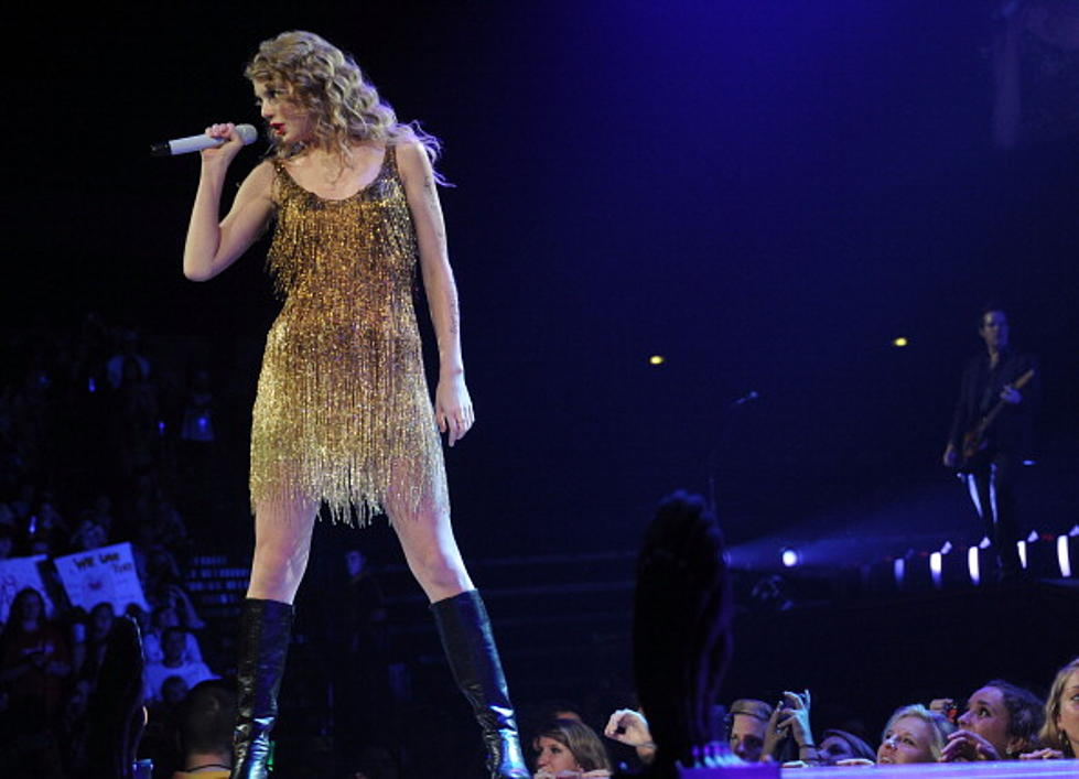 Taylor Swift S Speak Now Tour Back On The Road After Her Bout With Bronchitis Video