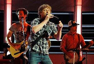 "Dierks Goes ""Outlaw"" And Country Helps Disney Go Gold This Day In"