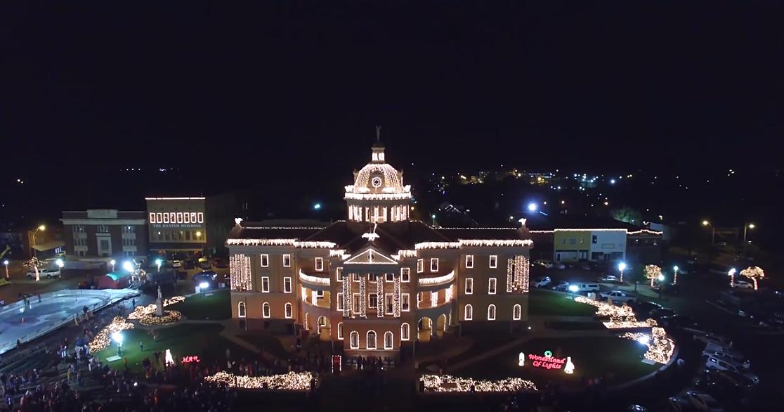 Marshall Tx Christmas Parade Route 2021 Wonderland Of Lights In Marshall Texas Opens Nov 21