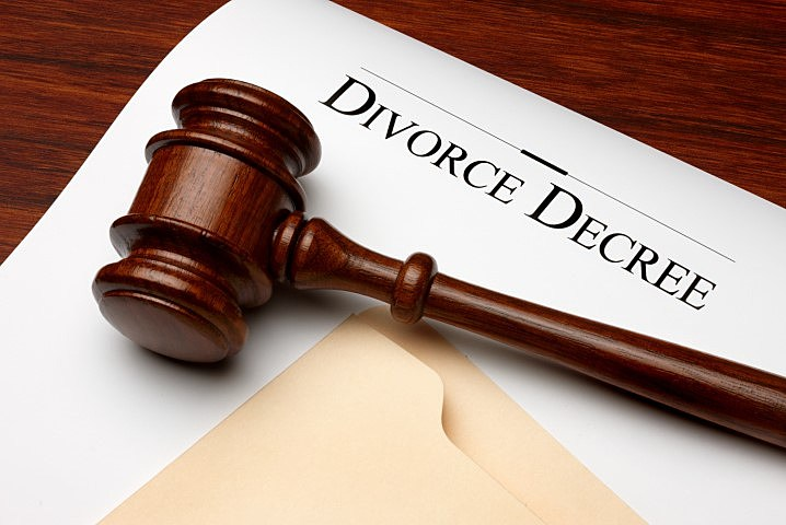 Man Ordered to Pay Ex-Wife for Housework She Did During Marriage