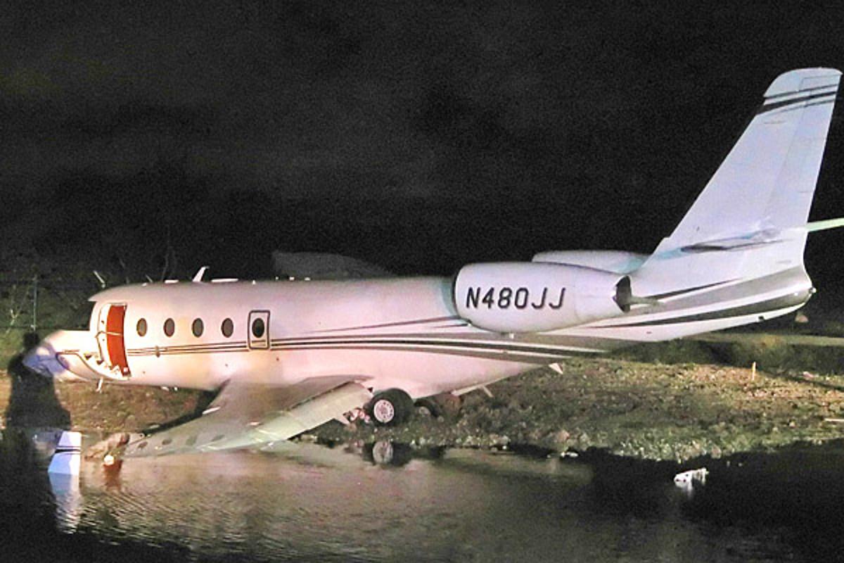 Rick Hendricks Duluth >> Nascar Owner Rick Hendricks Plane Crash Lands In Florida