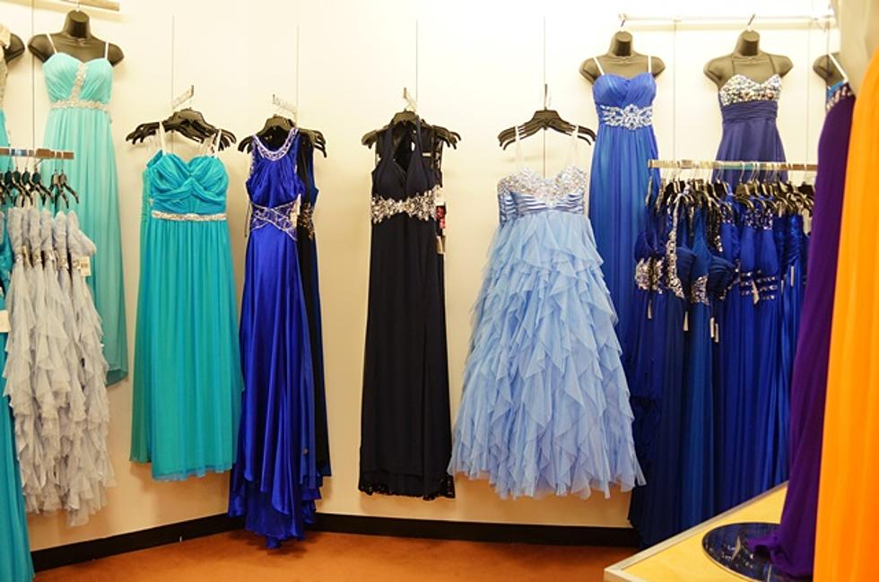 4ef99e445366e 'Gowns For Her' Providing Free Dresses For Homecoming On Saturday