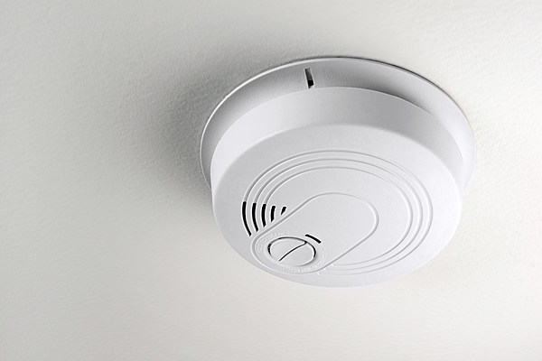 Do it Yourself - volt interconnected smoke detectors