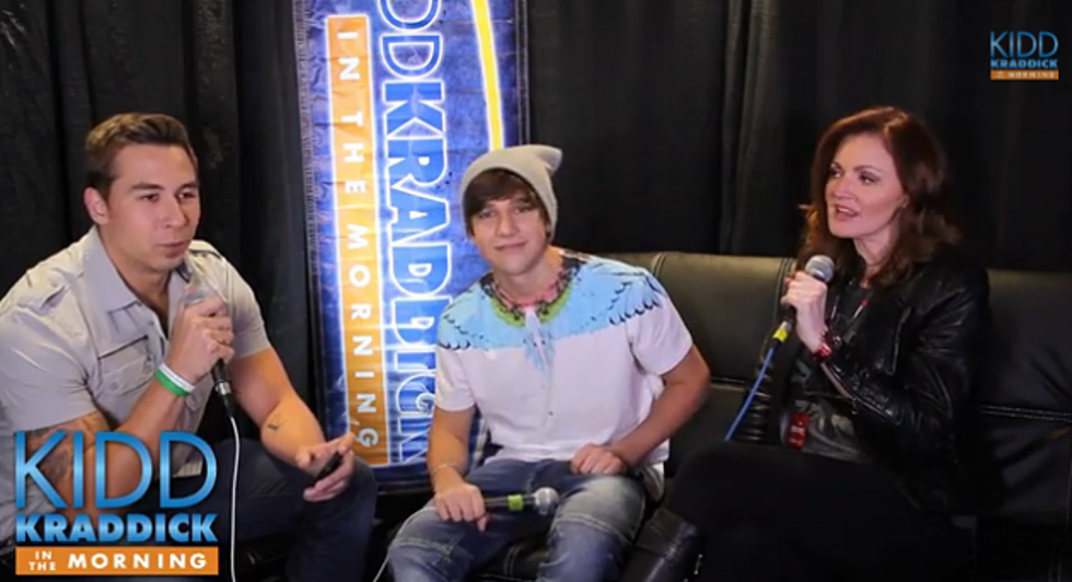 Austin Mahone Sits Down With Kellie Rasberry and J-Si [VIDEO]