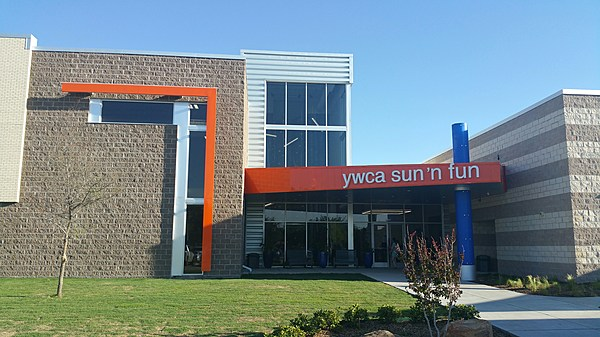 New Lubbock Ywca Opens With Incredible Outdoor Pool