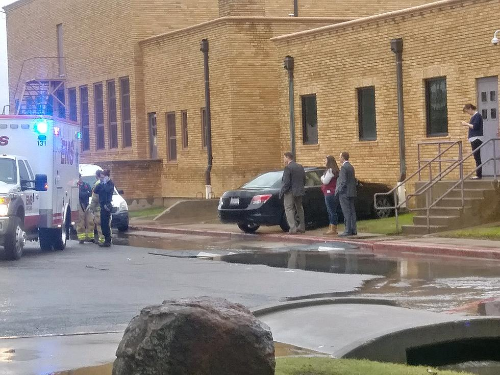 Admirable Car Runs Into The Side Of Lubbock High School Photos Download Free Architecture Designs Scobabritishbridgeorg