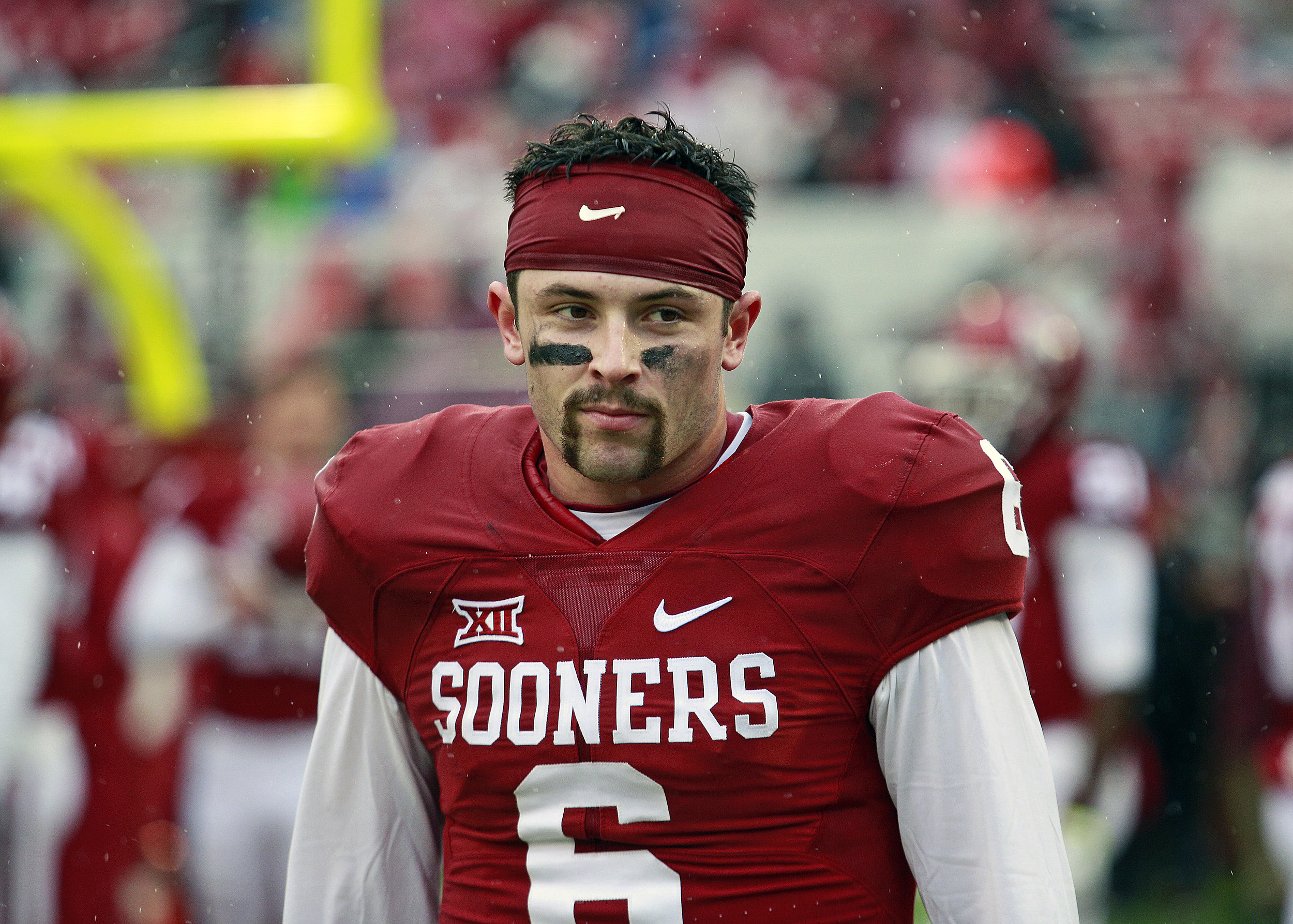 9f87c42ad93 How to Dress as Baker Mayfield for Halloween  Photo