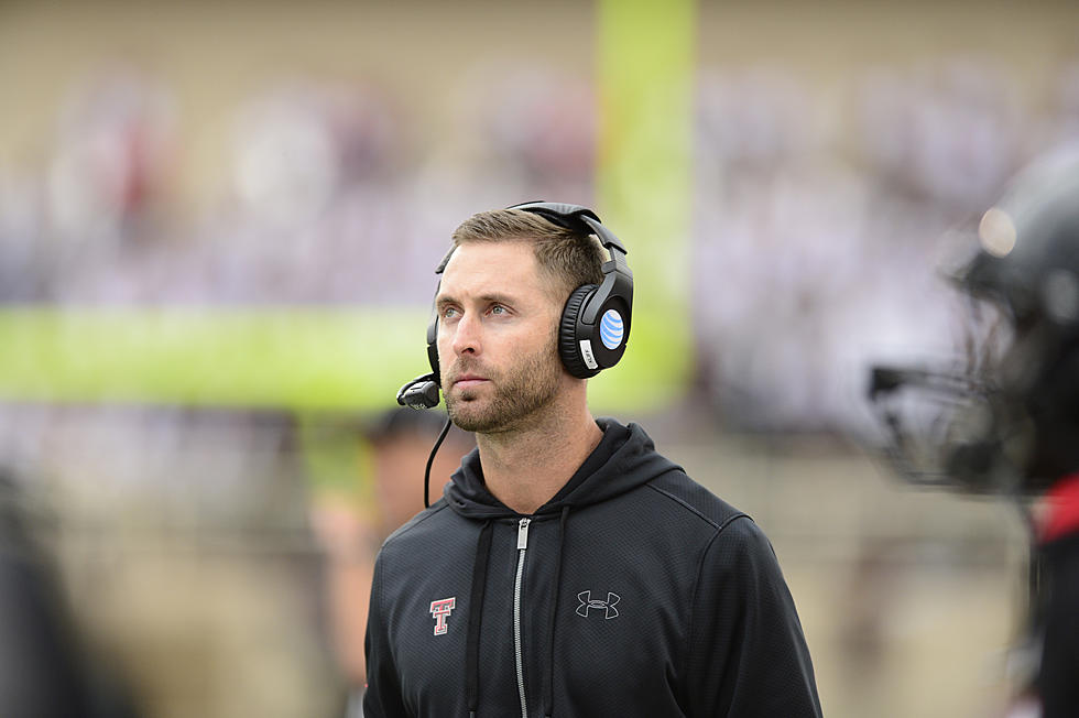 Kliff Kingsbury Has One of the Hottest Seats in College Football