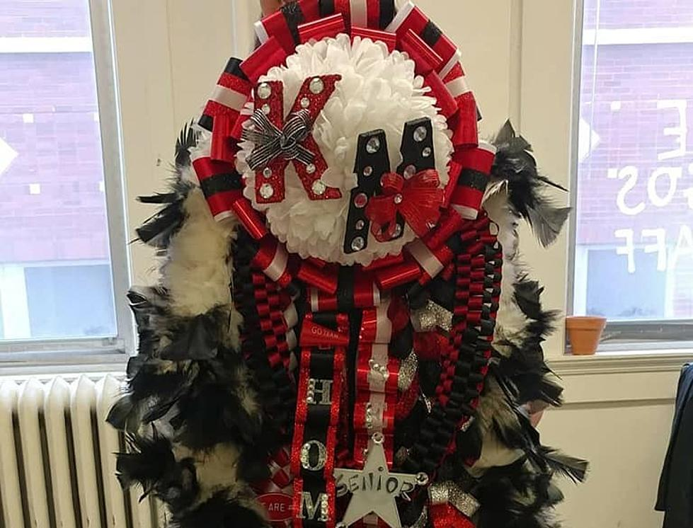 Texas Homecoming Mums Are No Joke