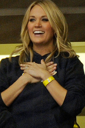 che era Carrie Underwood dating Offerta Nissim ft. Maya-hook up