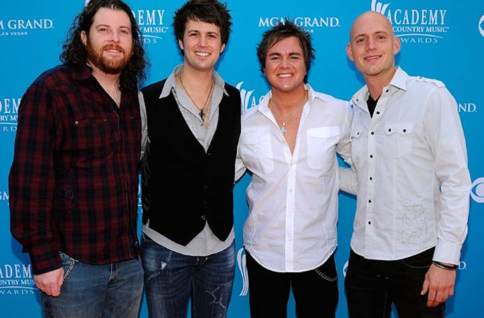 Eli Young Band's 'Crazy Girl' EP Debuts at No  1 on iTunes
