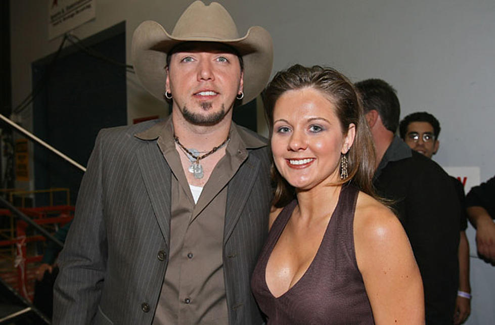 Jason Aldean Celebrates 10th Wedding Anniversary With Wife