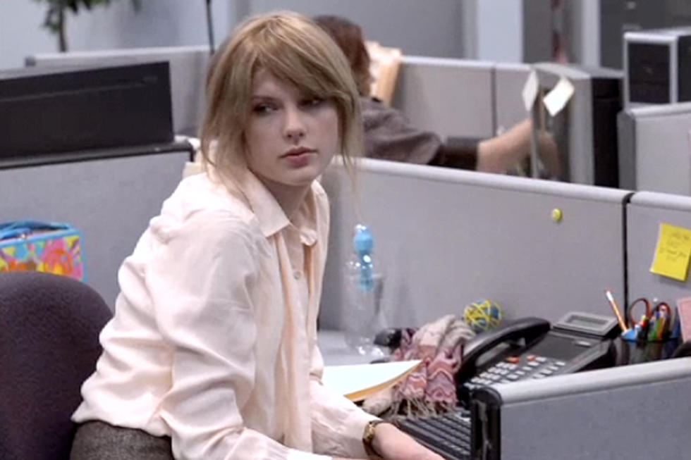 Taylor Swift Shows Off Corporate Not Chic Look From Ours Video Webisode Six