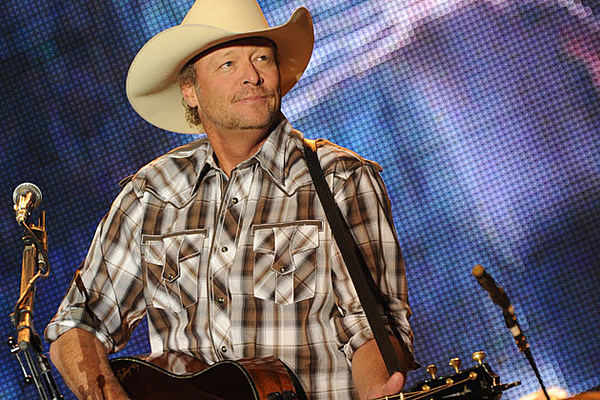 b55a83d4d0684 10 Things You Didn t Know About Alan Jackson