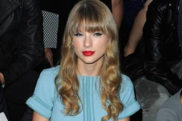 b4eb02afca2 Taylor Swift 'Red' Track Listing Revealed