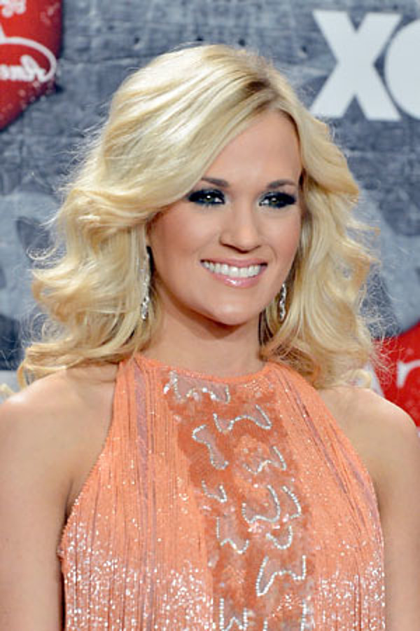 Free pictures of carrie underwood butt, sarah colonna feet