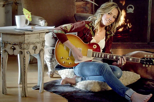 Sheryl Crow Lives Out The Ultimate Staycation In Easy