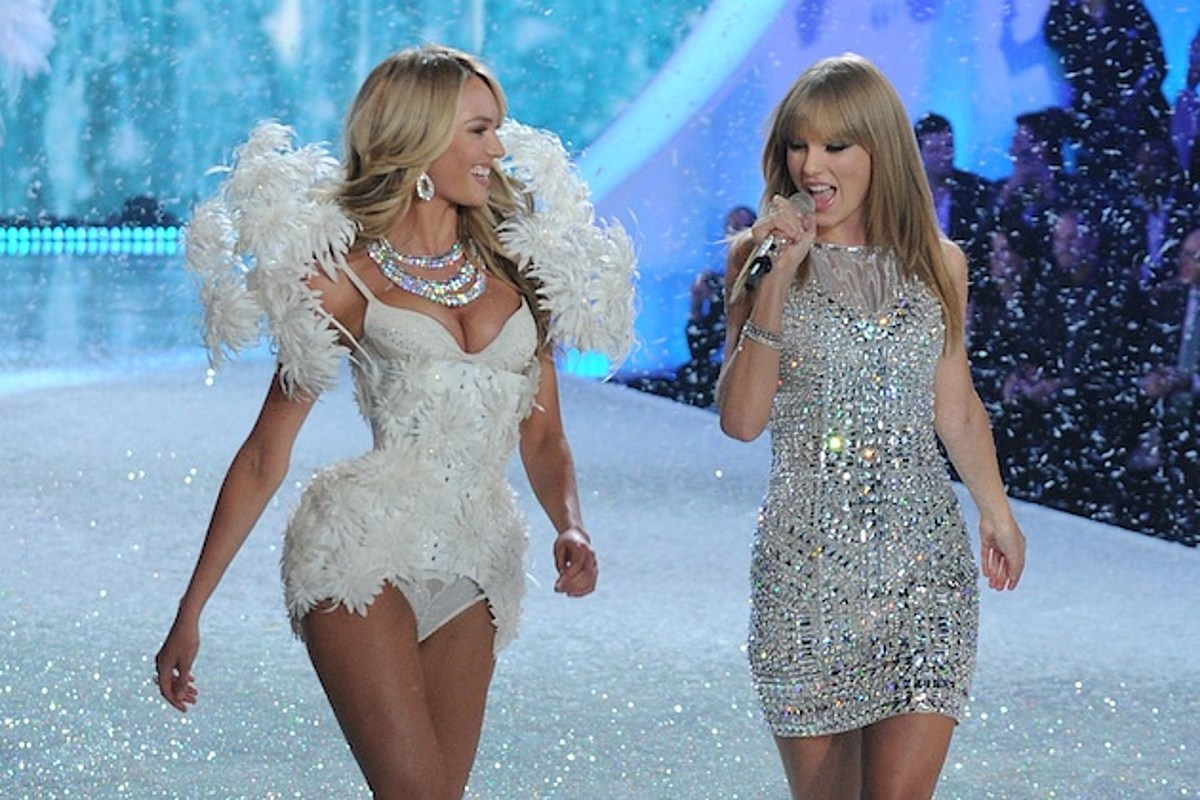 Victoria S Secret Angels Sing I Knew You Were Trouble