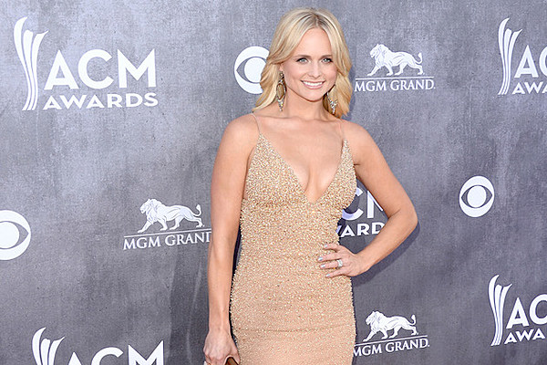 Miranda Lambert's Cure for Baby Fever: 'I Get a Puppy'