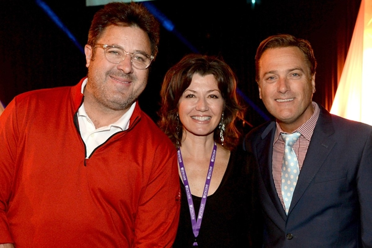 Michael W. Smith Reveals Christmas Album with Country Stars