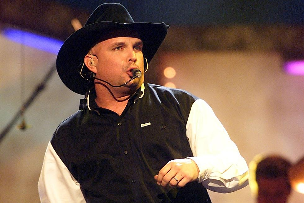 Remember When Garth Brooks Had a Hit With a Bob Dylan Song?
