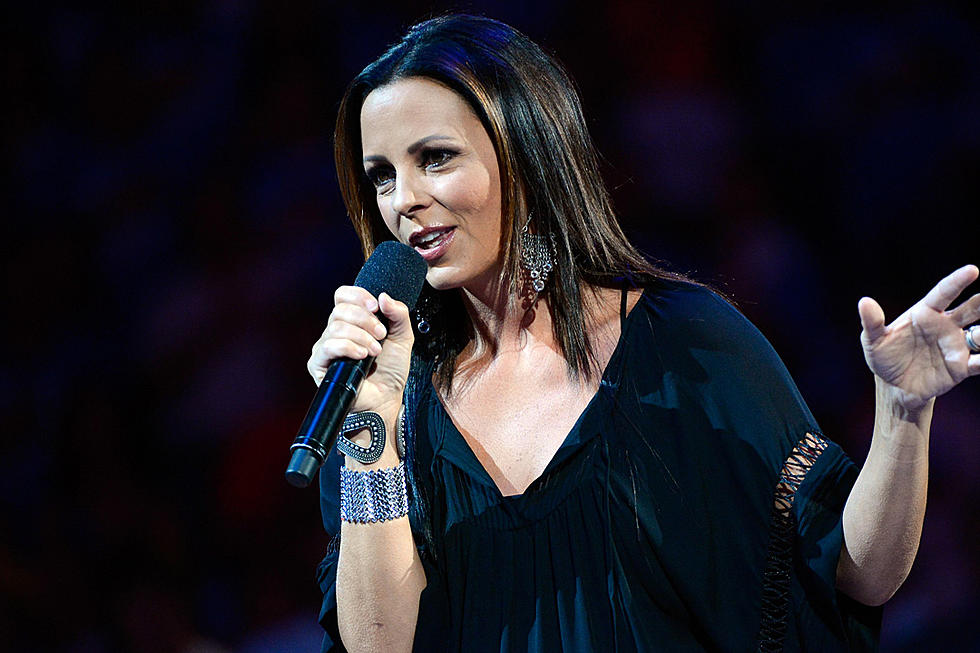 Sara Evans, More Artists Part Ways With Sony Music Nashville