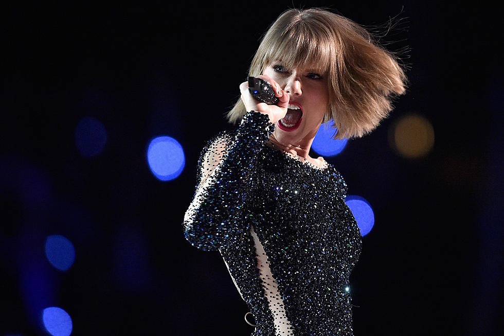 Listen to Taylor Swift's 10 Best Country Songs