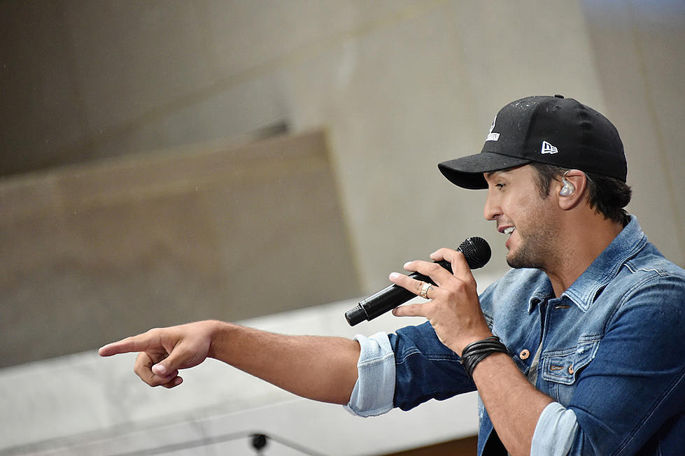 efd24377d9c Luke Bryan s  Here s to the Farmer  EP Debuts at No. 1