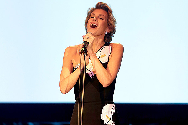 Faith Hill to Release 'Deep Tracks,' Unreleased Songs