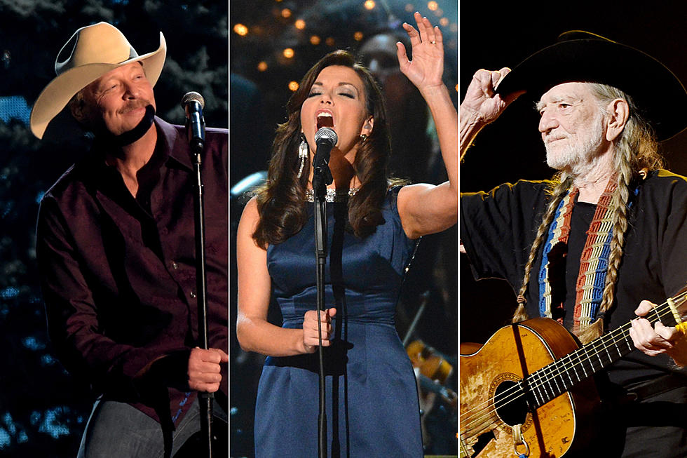 Alan Jackson Christmas.10 Best Traditional Christmas Songs In Country Music