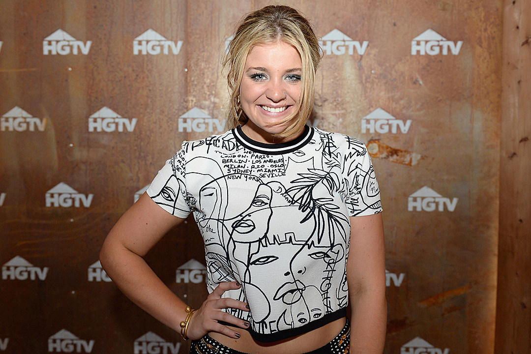 "Lauren Alaina /""Country Music/"" Personalized T-shirts"