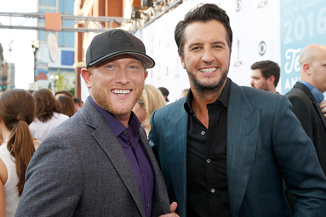 91980639c8f Luke Bryan Brings Cole Swindell Out to Sing  Roller Coaster