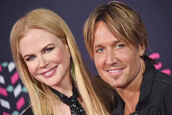 Nicole Kidman Keith Urban Anniversary: Keith Urban Wishes 'Girlfriend' Nicole Happy Anniversary