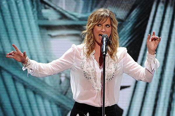 Jennifer Nettles On Assault Allegations In Entertainment World