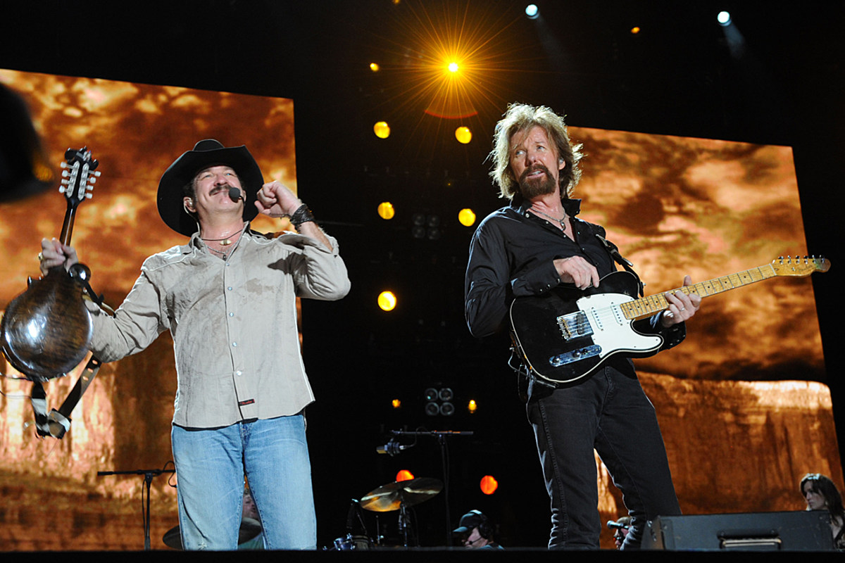 10 Years Ago Today: Brooks & Dunn Announce Breakup