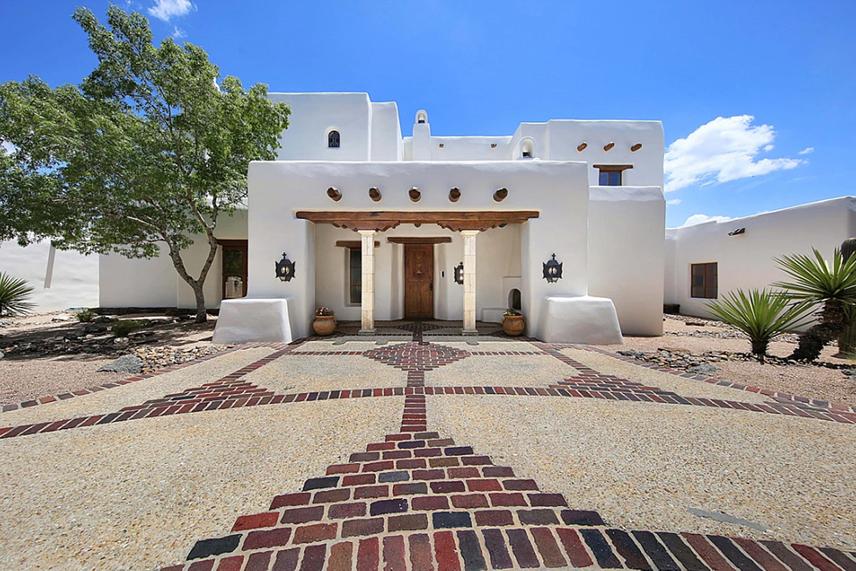 George Strait S Stunning San Antonio Estate For Sale