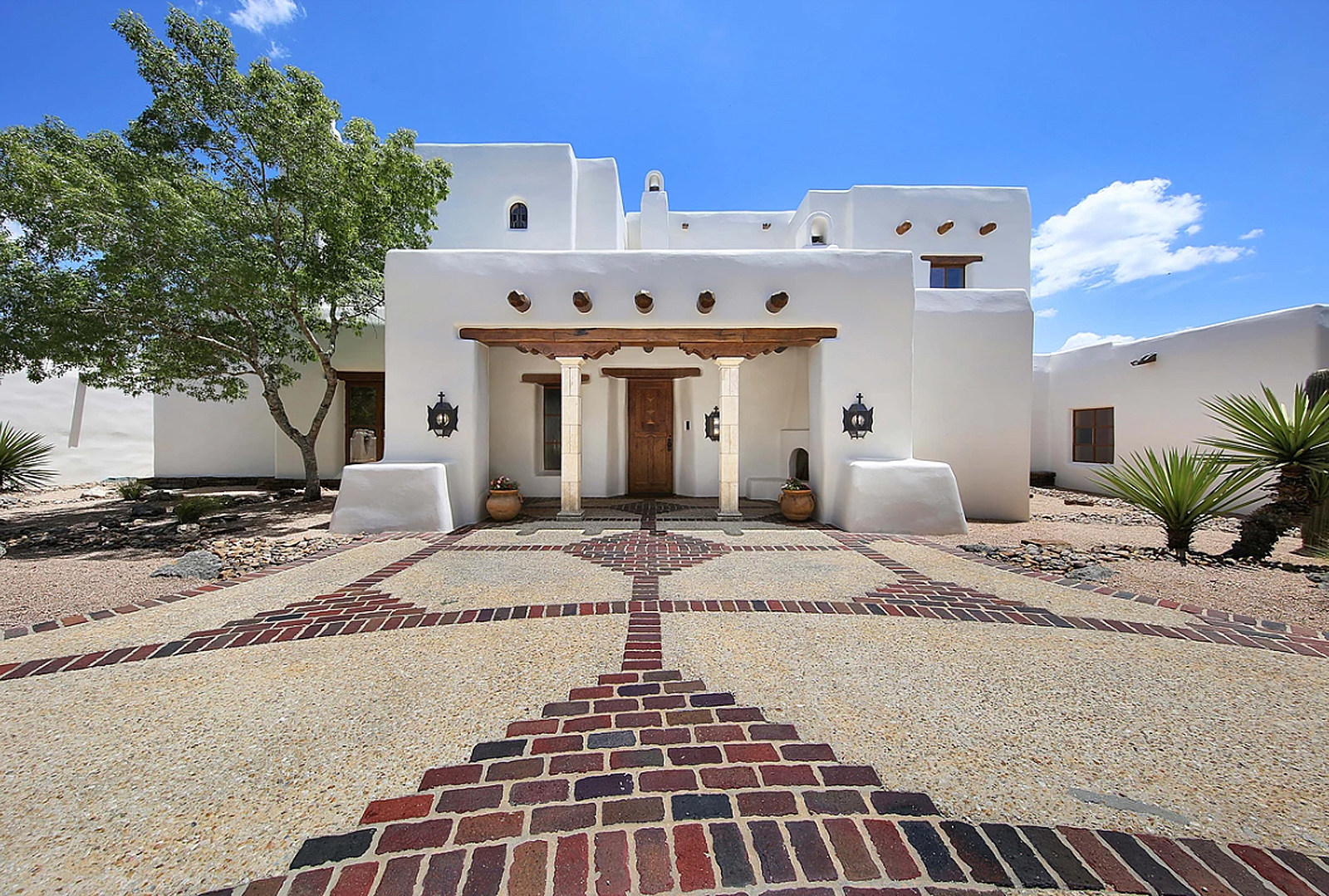 George Strait's Stunning San Antonio Estate for Sale [Pictures]