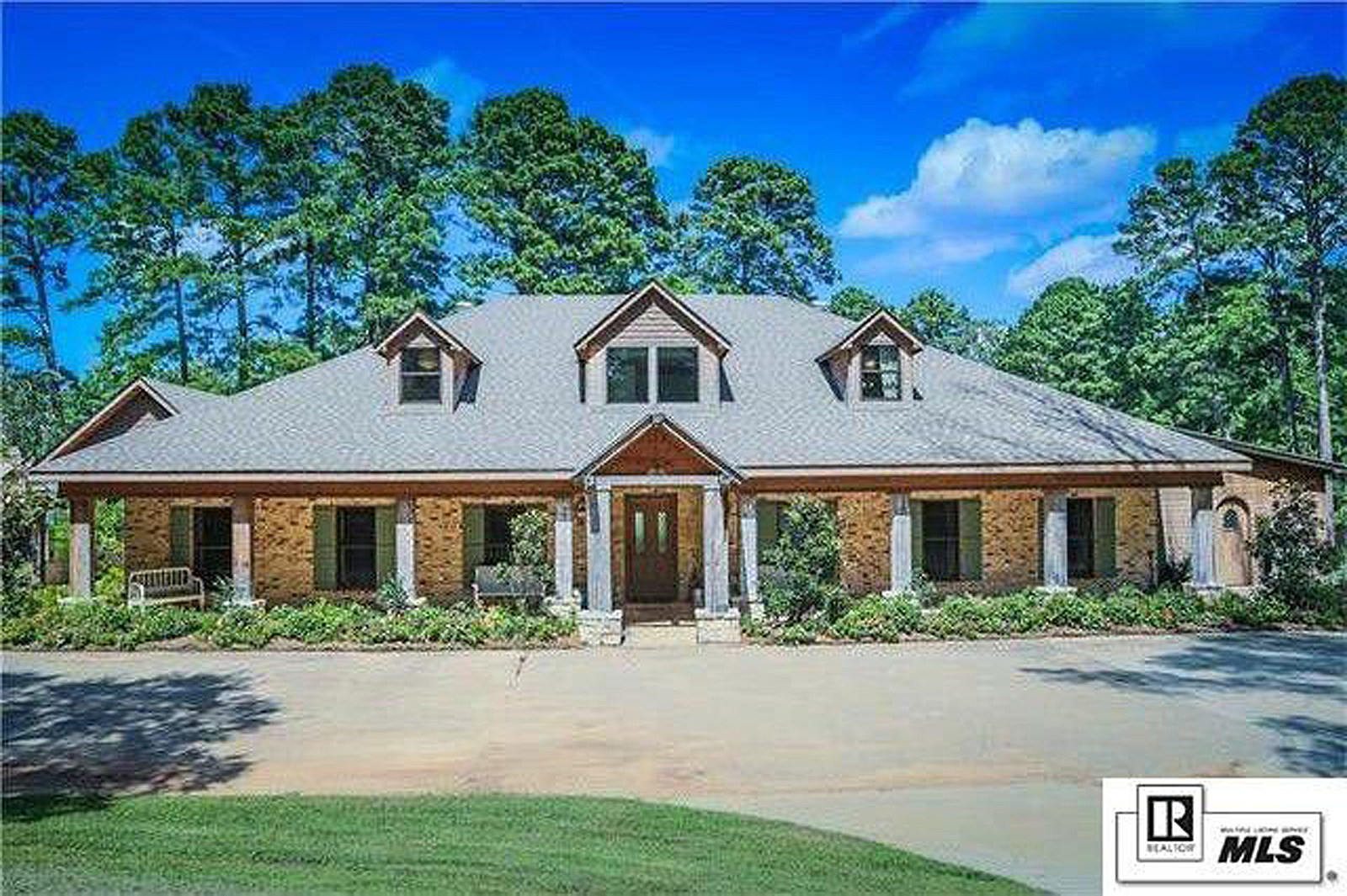 Duck Dynasty' Star Selling His Louisiana Estate [Pictures] on dynasty modular homes, duck commander mobile homes, top gear mobile homes, sherlock mobile homes,