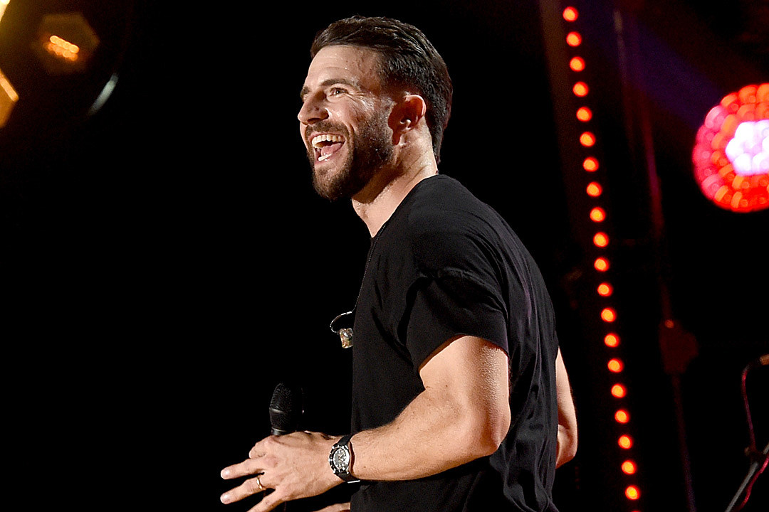 Sam Hunt's Not Joking About His Traditional Country Transition