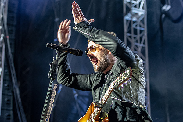 eric church announces new album 39 desperate man 39 and new single. Black Bedroom Furniture Sets. Home Design Ideas
