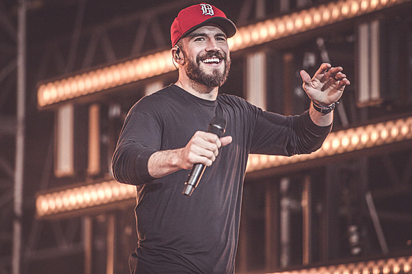 Motorcycle Road Trip >> Sam Hunt Goes on Wistful Mexican Road Trip for 'Downtown's ...