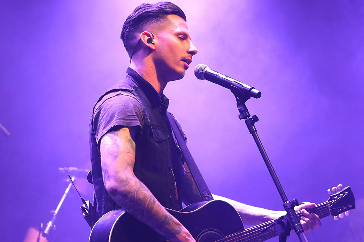 Devin Dawson Is At His Most Vulnerable On Raw Dark Horse