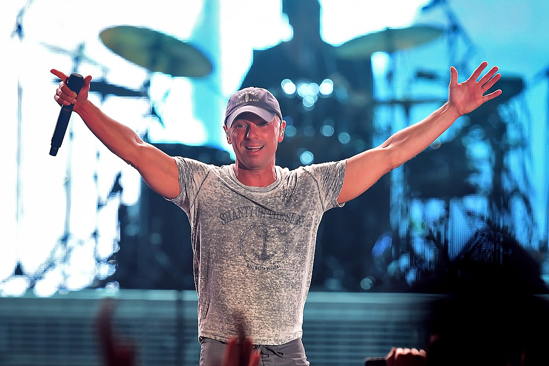 7be677c9816b1 Kenny Chesney Reveals Cover