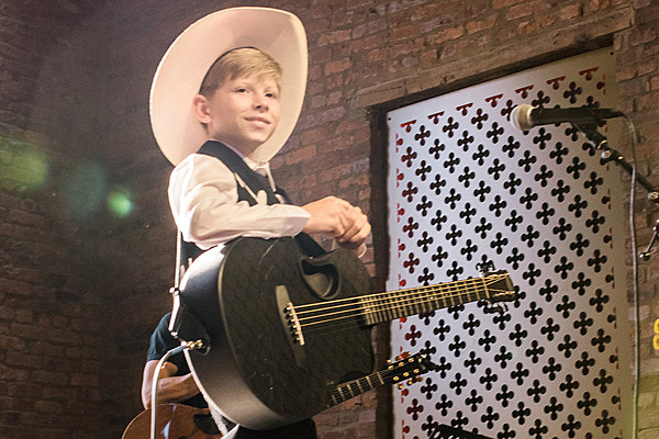 mason ramsey brings  u0026 39 white christmas u0026 39  to  u0026 39 today u0026 39   watch