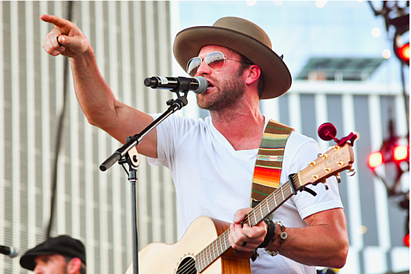Drake White Stands Up in Support of Today's Brand of Country