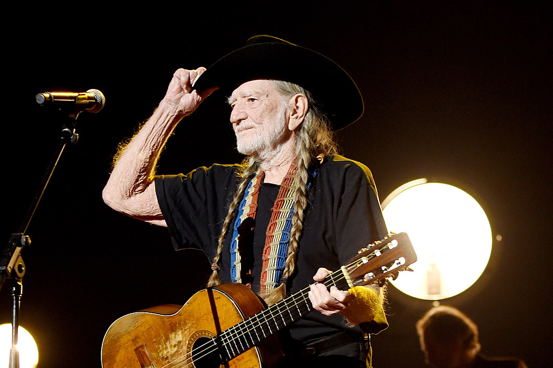 a506b2c195a Willie Nelson Introducing Non-THC Willie s Remedy Cannabis Line